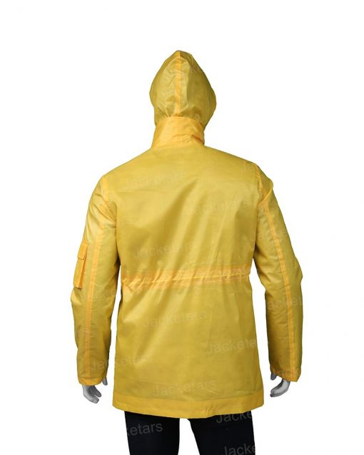Dark Jonas Kahnwald Yellow Jacket.jpg
