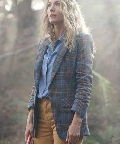 La Brea 2021 Natalie Zea Checkered Plaid Coat Blazer